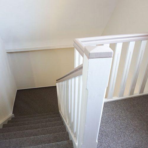 Treppenhaus-Sanierung vorher - nachher